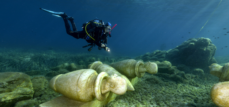 MuMart: The Underwater Art Museum